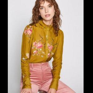 NEW w/ Tags: JOIE 100%Silk Elzie Blouse - size S